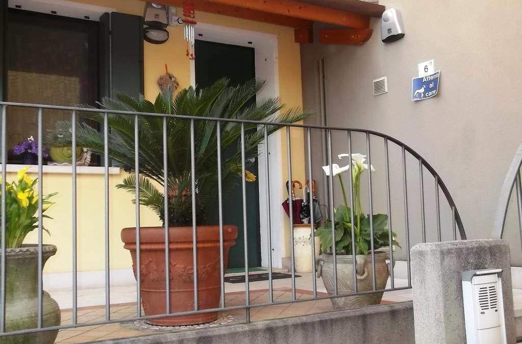 Appartamento via San Tomio  Cod. EK66958007